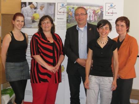 Unser Bild zeigt v.l.n.r.: Lisa Minet, MdB Marianne Schieder, Thomas Rudner, Juliane Niklas, Radka Bonackova