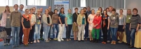 """Die Teilnehmer/-innen am Tandem-Seminar zur Qualitätssteigerung im Programm """"Freiwillige Berufliche Praktika"""""""