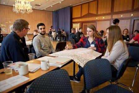 Gemischter Workshop zum Erfahrungsaustausch! Foto: Yevgeniy Rozhko